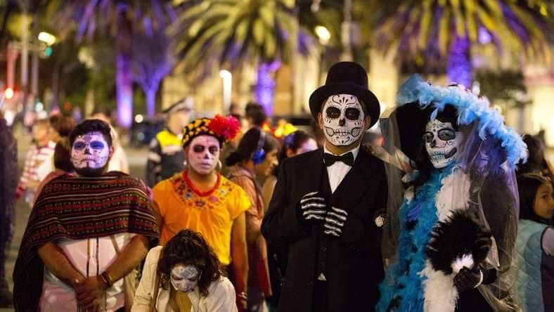 Dia de los Muertos Meksyk - obchody Święta Zmarłych